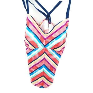 Cole of California Womens Plus Size Endless Summer